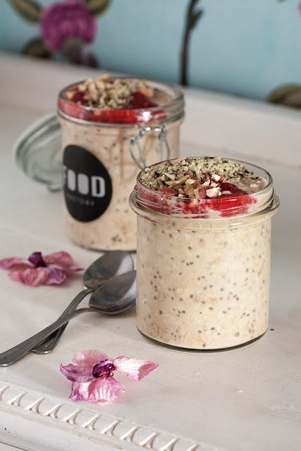 Overnight oats ili bircher musli sa voćem i kikiriki puterom
