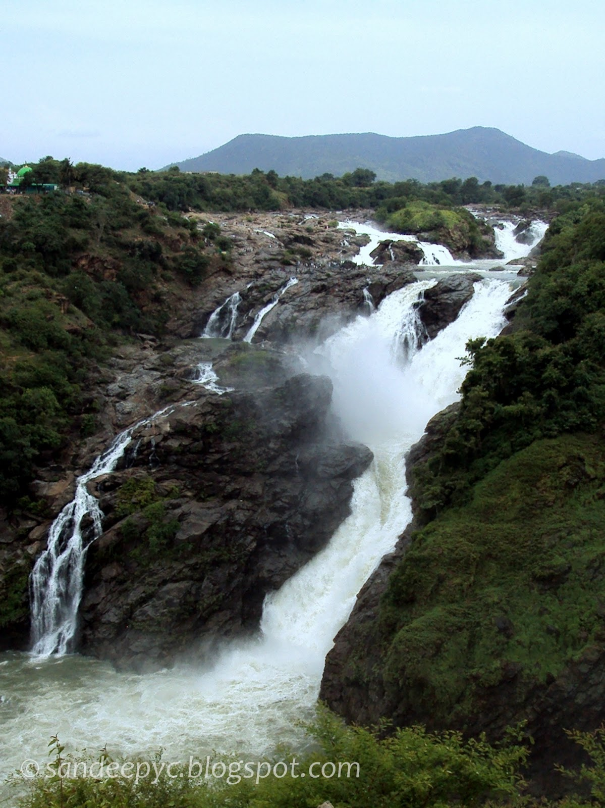 The left section of Gaganachukki falls