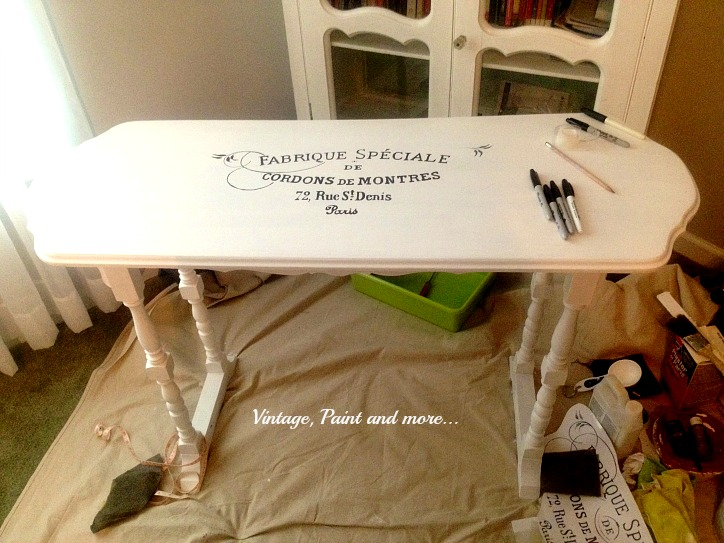 Vintage, Paint and more... stenciled French style table, painting furniture white, stenciling