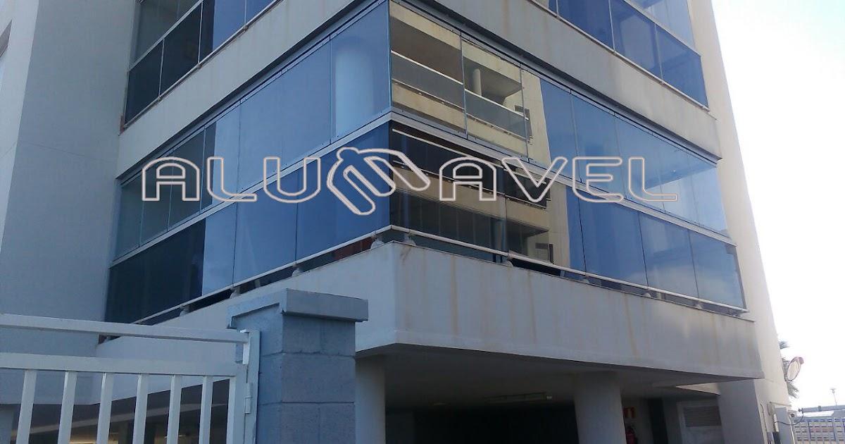 Acristalamiento con cortina de cristal cerramientos en for Ventanas de aluminio con cortina