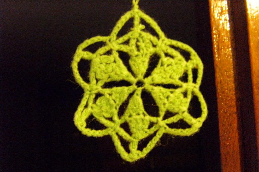 Estrella amarilla de ganchillo o crochet árbol de navidad