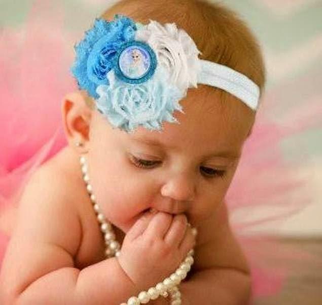 Bandana bayi lucu warna putih dan biru