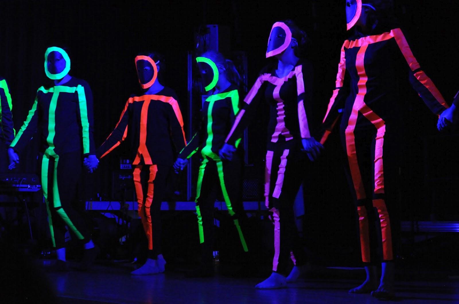 kreative kiste: Strichmännchen bei Schwarzlicht, mit UV aktivem ...