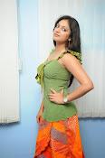Hari Priya Glamorous Photo shoot gallery-thumbnail-15