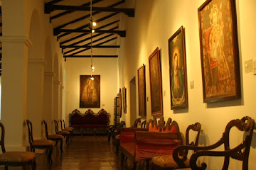 MUSEO UNIVERSITARIO COLONIAL CHARCAS