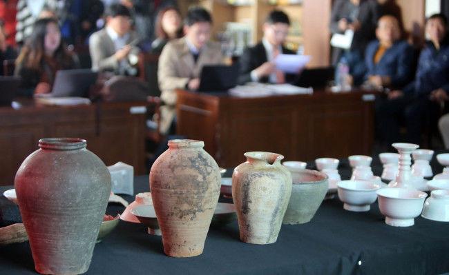 Porcelana de Joseon encontrada en un barco hundido en Mado