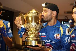 Harbhajan-Singh-celebrates-MI-Wining-IPL-2013