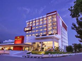 Harga Hotel di Palu, Hotel Santika Palu