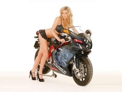 Bike_Babe_01