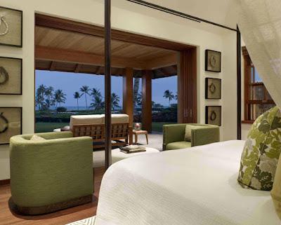 Tropical Classic Hawaiian Cloister House 8