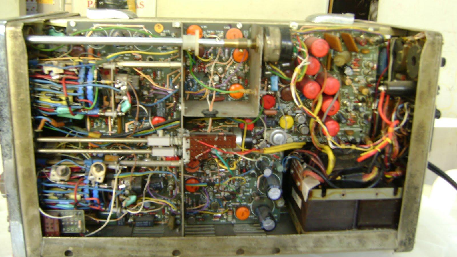 Eletrônica na bancada: Osciloscópio Telequipment D67 / Como funciona  #A65A25 1600x900