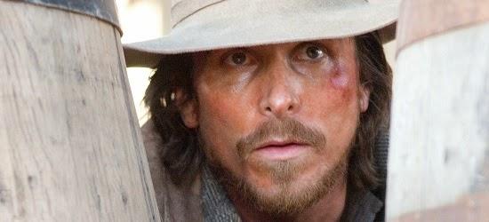 Christian Bale é Dan Evans, um rapaz que vive com sua família mas que passa por dificuldades financeiras. - 20