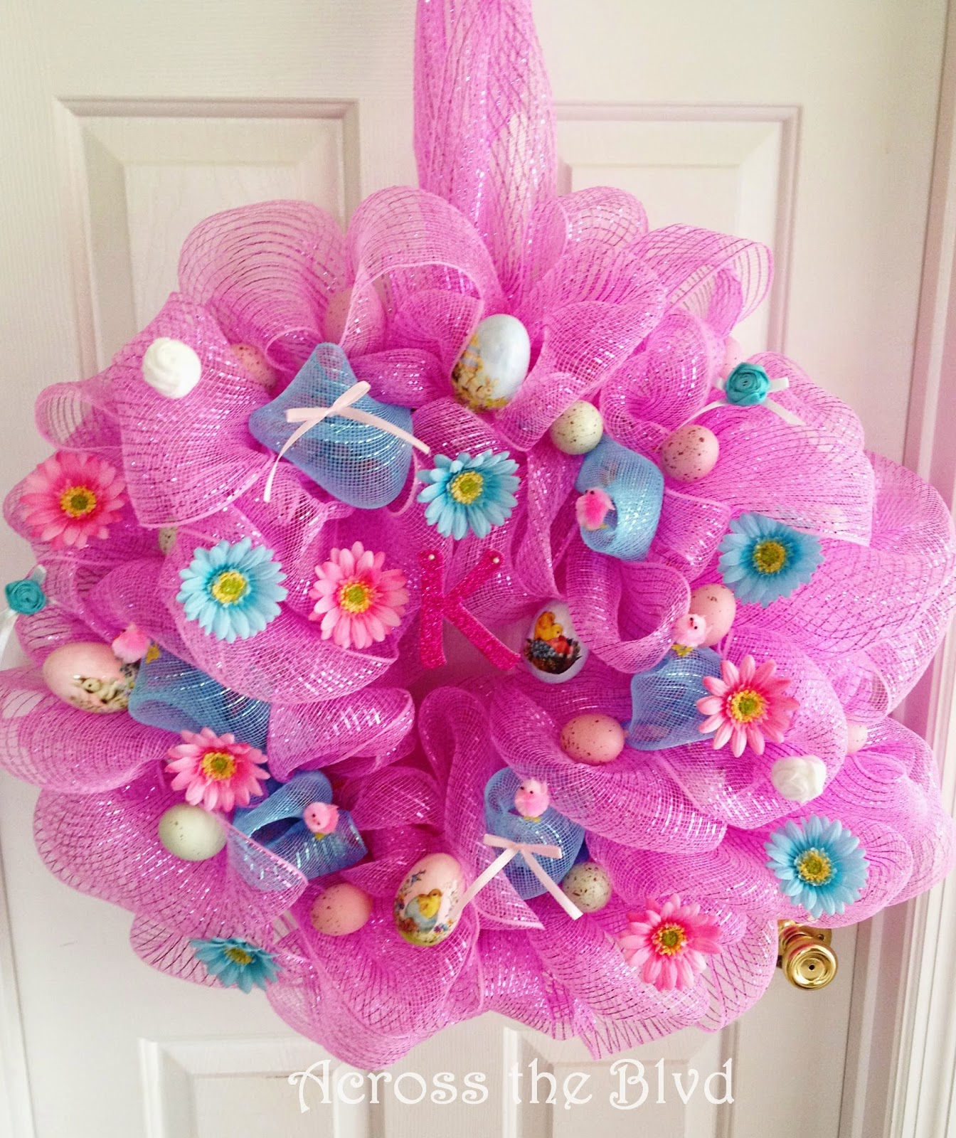 Easter Wreath Made Using Deco Mesh