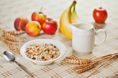 لماذا يجب عليك تناول المزيد من الألياف الغذائية؟