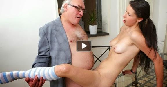 Yaşlı Pornosu Sex  Mobil Sikiş izle