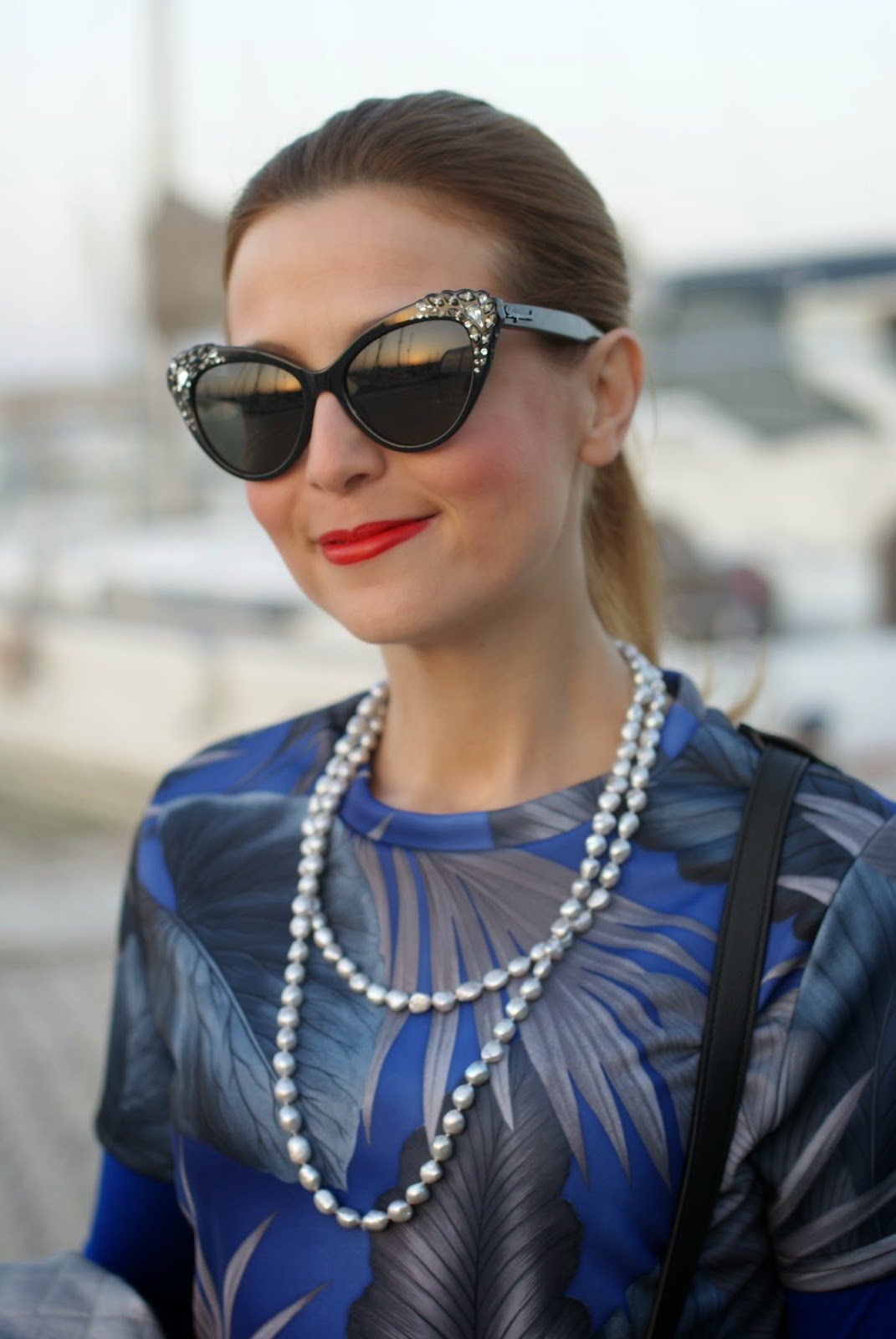 DSquared2 cat eye sunglasses found on Giarre, Pearl & Clasp necklace, silver pearls, Fashion and Cookies fashion blog, fashion blogger