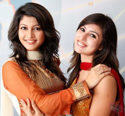 Anika Kabir Shokh with Sarika.