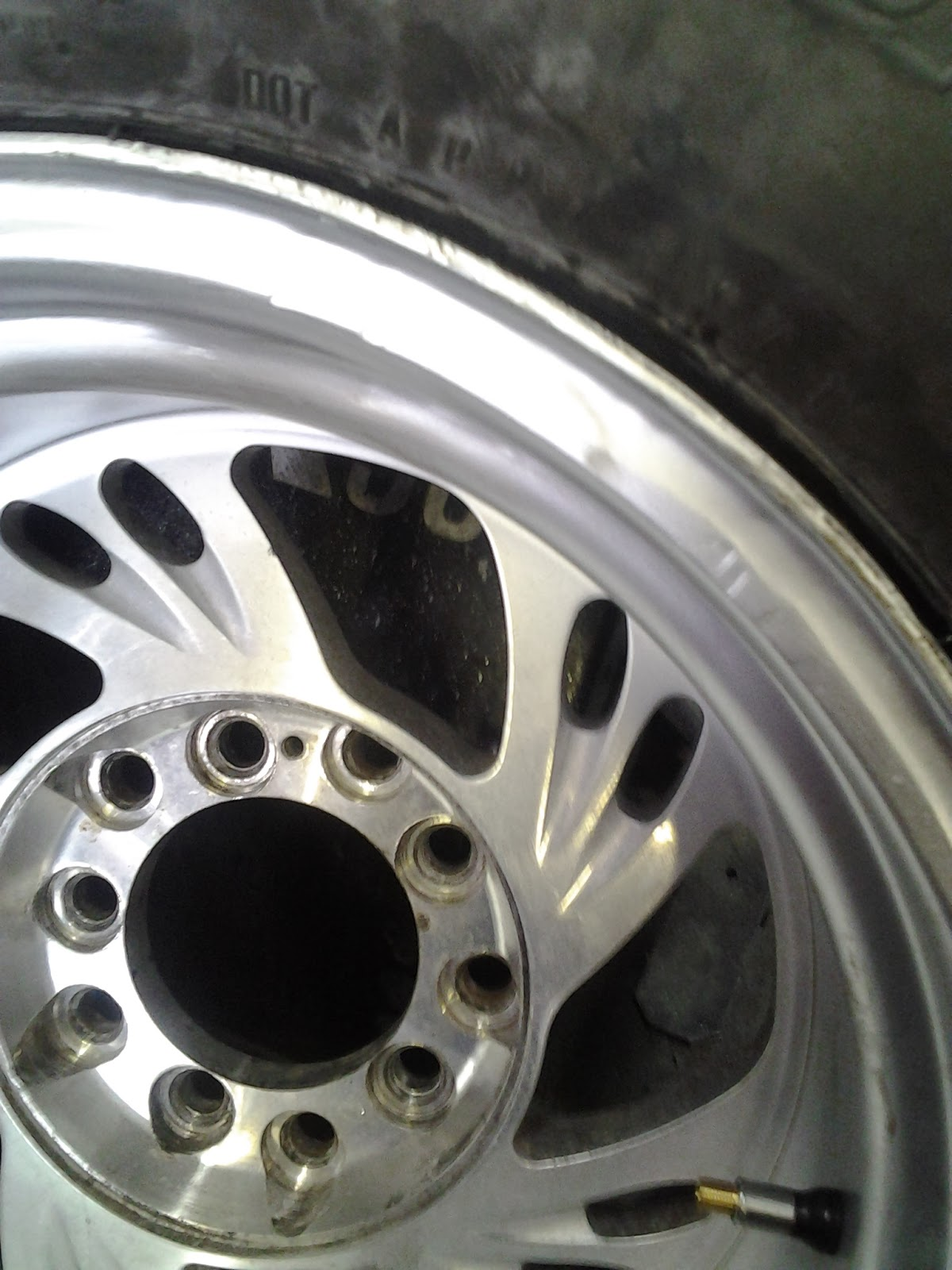 wheel repair and rim repair shop pick up and delivery $150