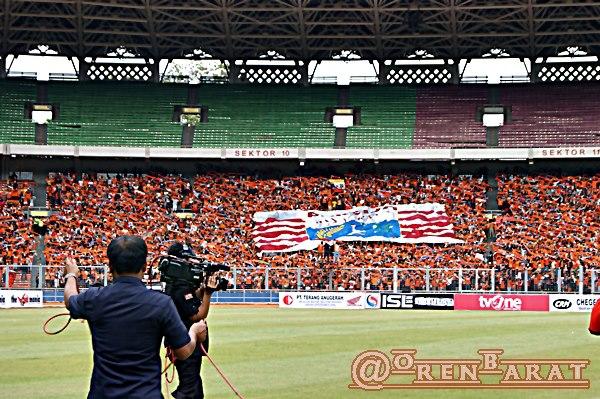 jak mania persija vs persisam home ultras in indonesia