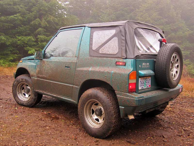 Suzuki Sidekick off road - Subcompact Culture