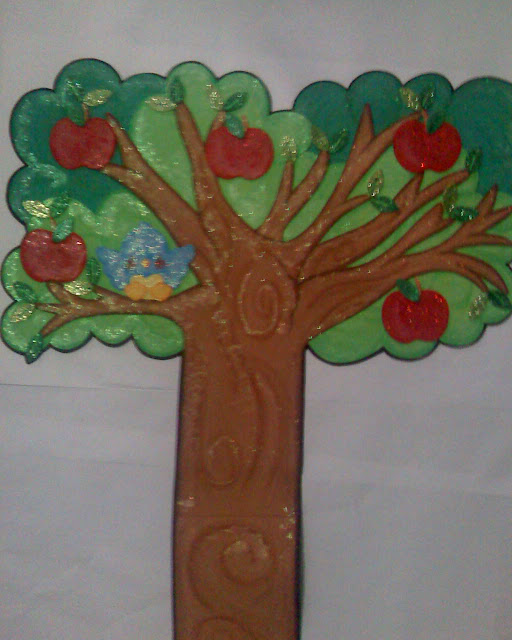 Frutas en fomi: manzana, naranja, piña, plátano, uvas. | Fomiart