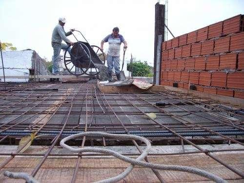 El maestro de obras xavier valderas trabajos para el for Construccion casas hormigon