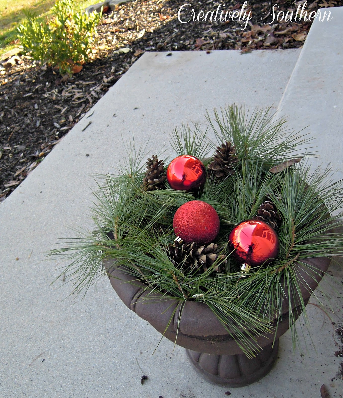 Holiday porch decorations for Idea deco guijarro exterior