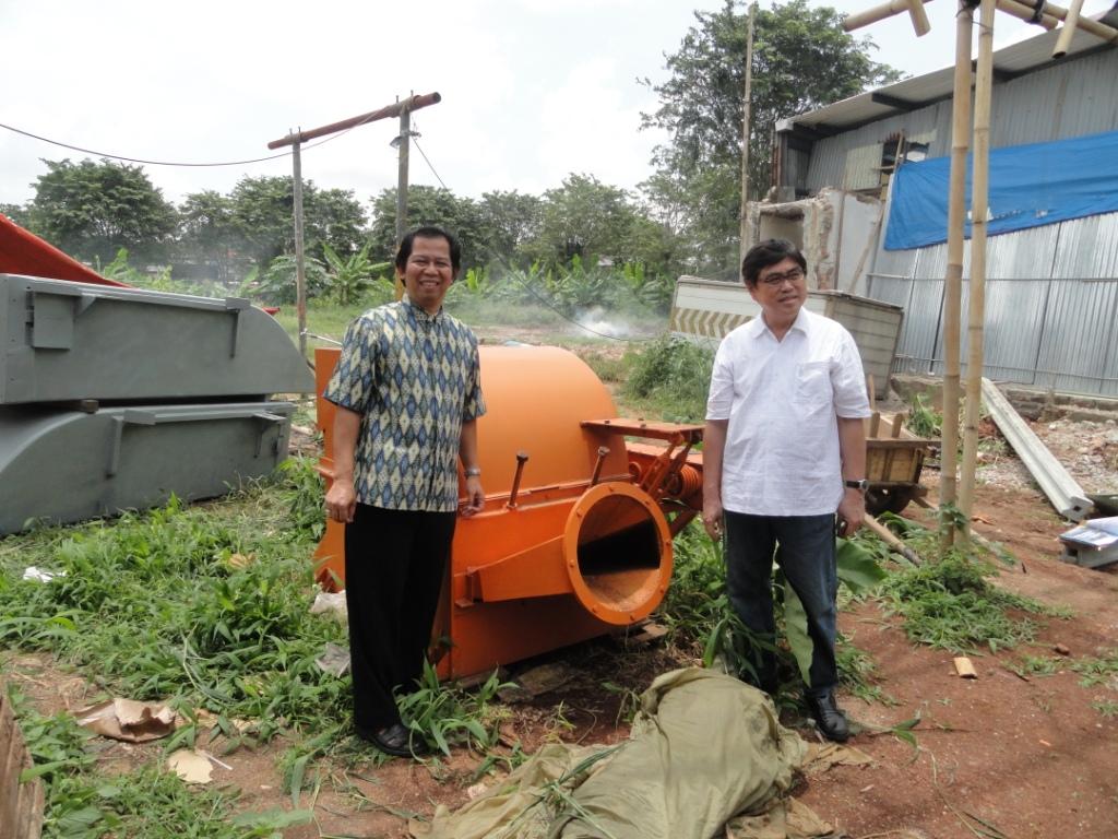 Keuskupan Agung Merauke: April 2012