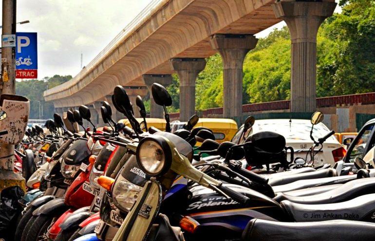 Illustrious MG Road, Bangalore (© Jim Ankan Deka)