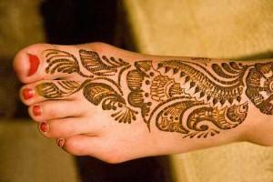 Mehndi For Foot : Mehndi on foot creation