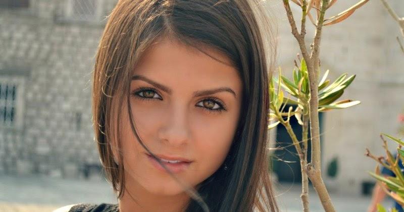 Online Now Youtube Russian Beauties 118