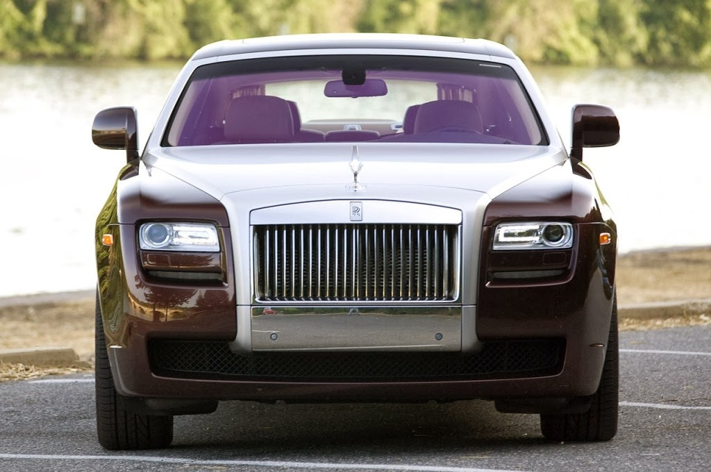 rolls royce ghost 2014 pictures specification prices photos review. Black Bedroom Furniture Sets. Home Design Ideas
