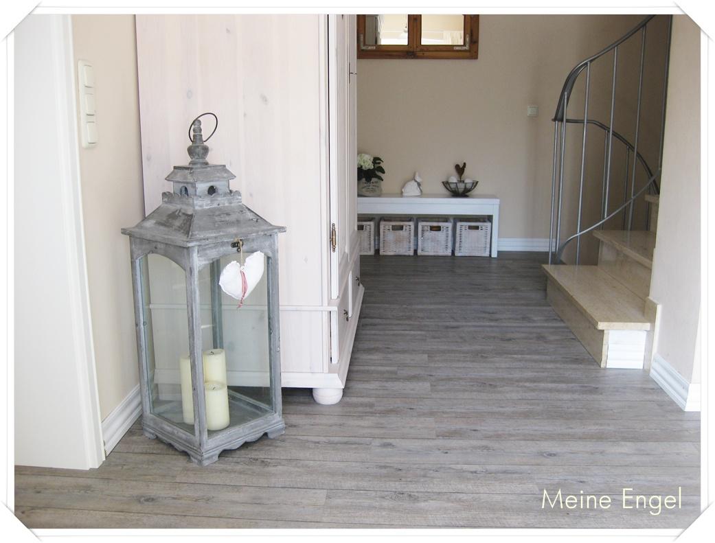 meine engel flur sale. Black Bedroom Furniture Sets. Home Design Ideas
