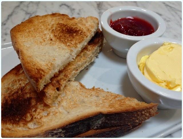 Tea 4 2, Manchester - Toast