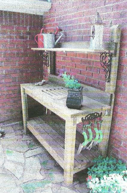 Signature gardens potting in diy style for Garden potting bench designs