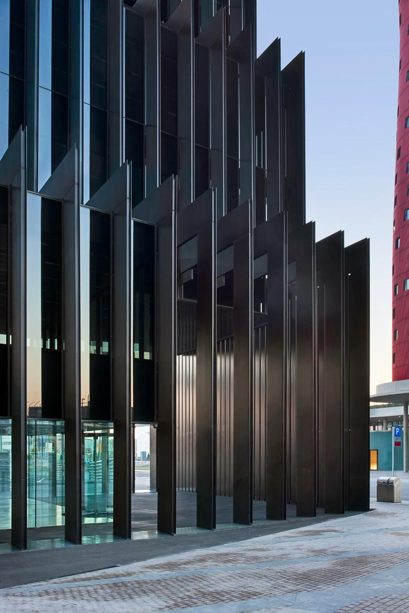 Rcr arquitectes a f a s i a for Edificio oficinas