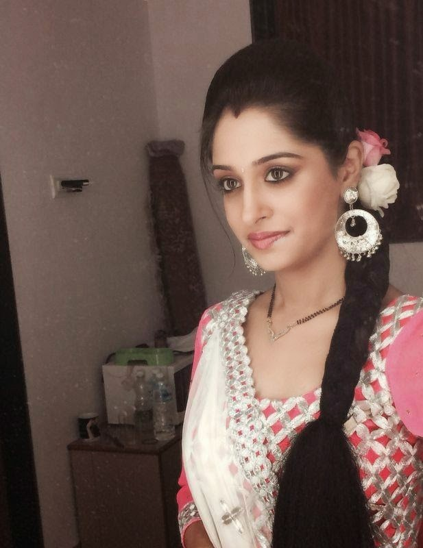 Tv serials actress india hd wallpapers and images download: Deepika ...