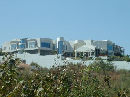 KAPU (NAIDUS) SANGAM: Chiranjeevi House in hyderabad, Mega Star ...