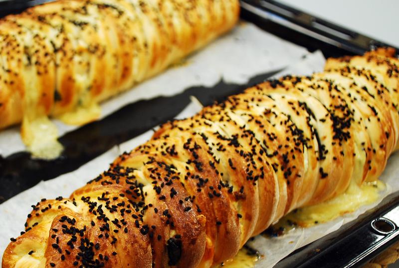 Oktay Usta Tulum Peynirli Ispanaklı Örgü Börek Tarifi Yeşil Elma