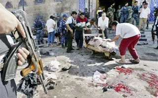 IRAQUE: ATAQUE BOMBISTA FAZ 56 MORTOS