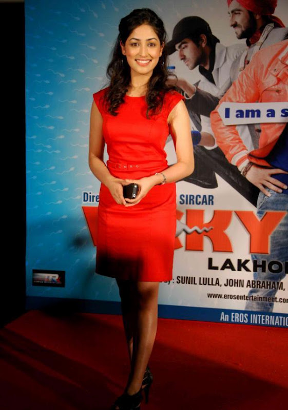 BOLLYWOOD CELEBUZZ Vicky Donor Movie First Look Launch