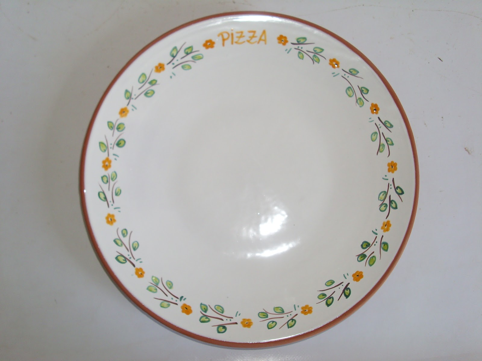 Ceramica popular antonio cid plato de pizza for Platos de pizza