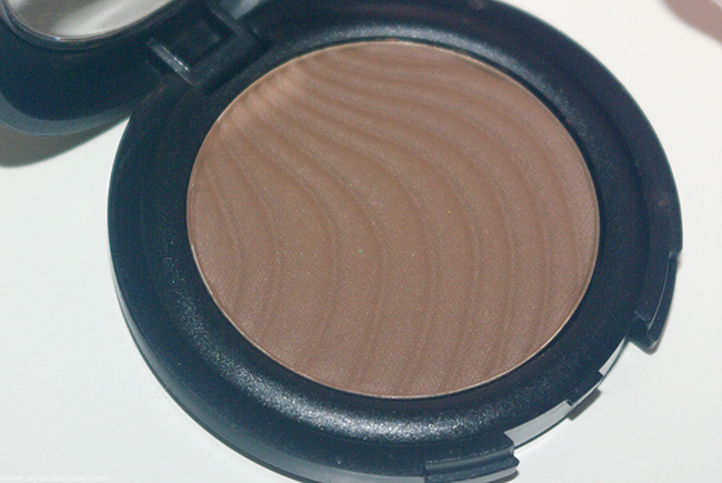 Review of Flormar Matte Mono Eyeshadow in M07 Chocolate Brown