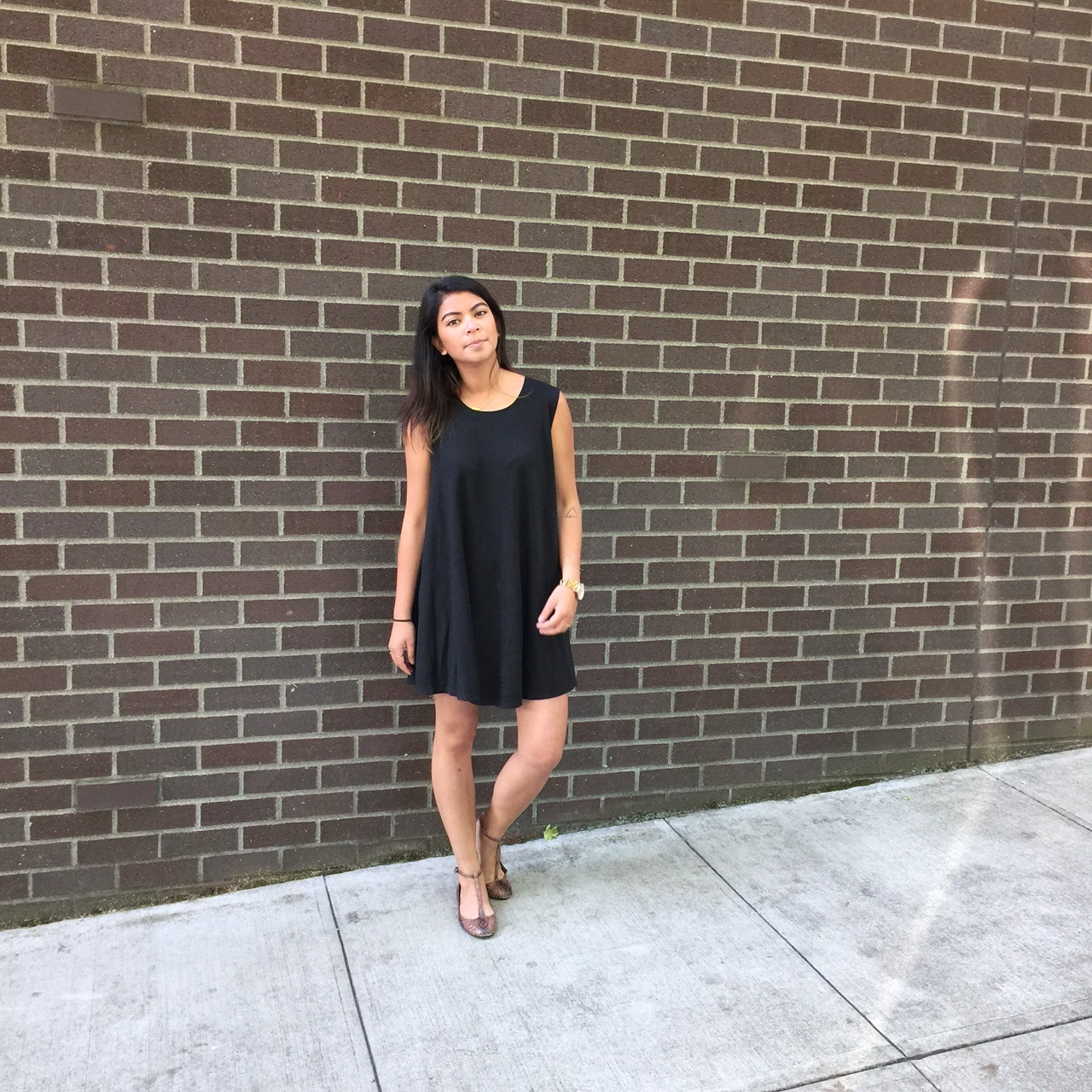 black shift dress, baby doll dress, brandy melville, pacific northwest, portland blogger, the p town girls, fblogger, fashion blogger, style blogger, portland style, streetstyle,