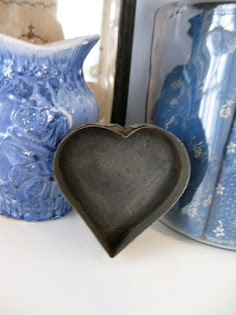 tin heart mold