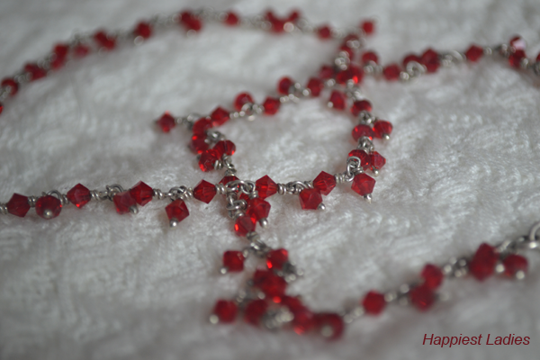 Red-Beaded-Silver-Anklets-close-up+-Nakshatr-diamonds-
