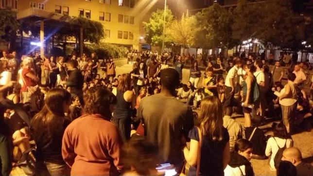 El apoyo a los refugiados desborda lo institucional en Madrid