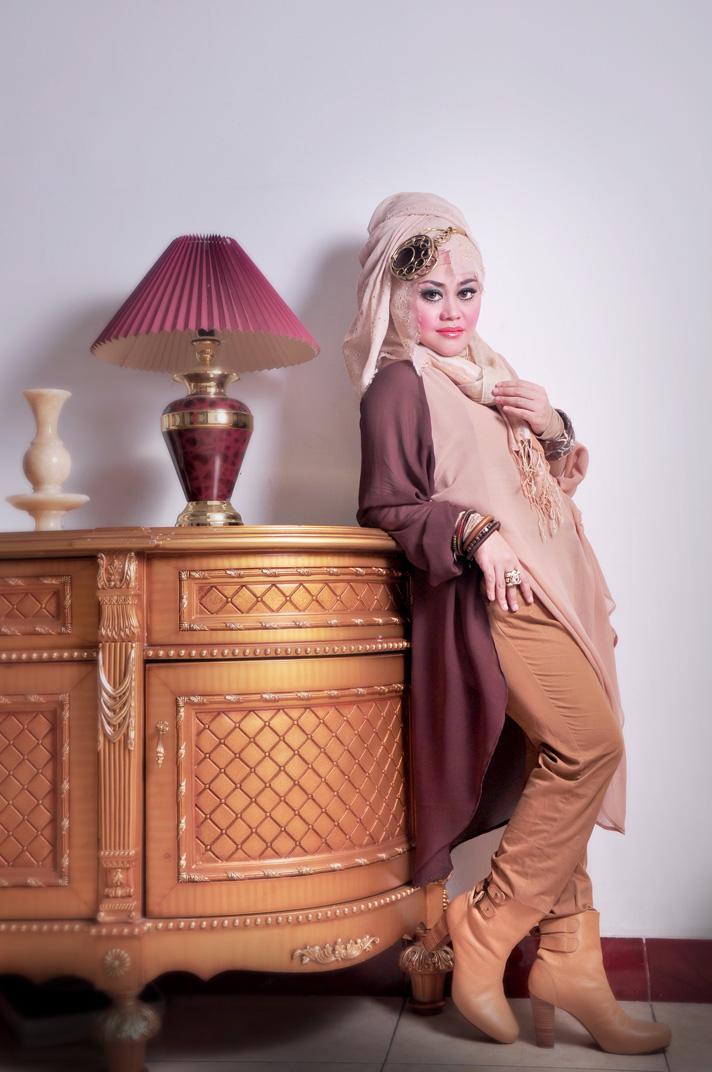 CARA PAKAI HIJAB JILBAB: Tampilan Hijab Modis untuk Tubuh