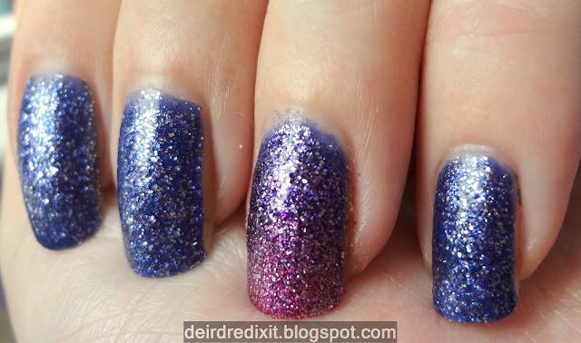 Gradient e accent manicure con smalti Mistery e Glamour di Shaka