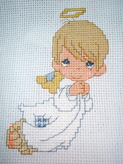 angel of cross stitch